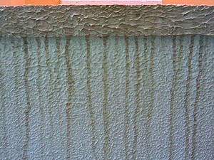 Pingadeira plástica para muro